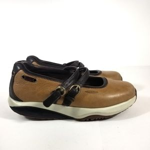 MBT Womens Mary Jane Walking Shoes Size 7.5